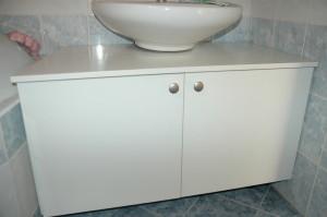 skříňka pod umyvadlo