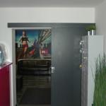 dveře posuvné - kavárna